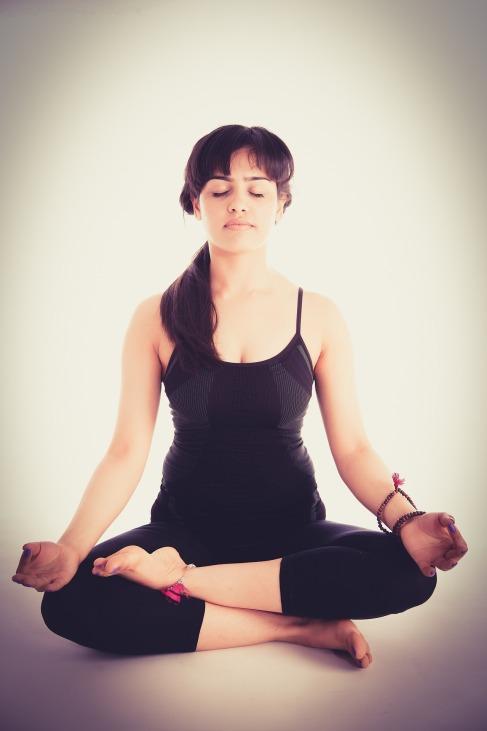 yoga-1284657_1920 (1).jpg